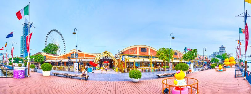 Panoramic view of Asiatique the Riverfront