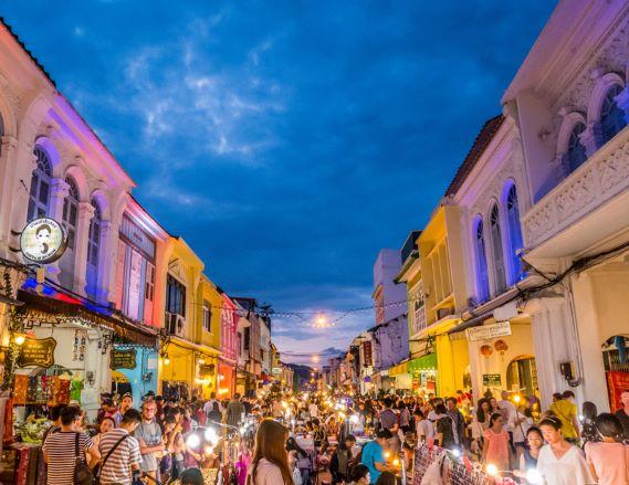alad Yai Walking Street (The Grand Market)