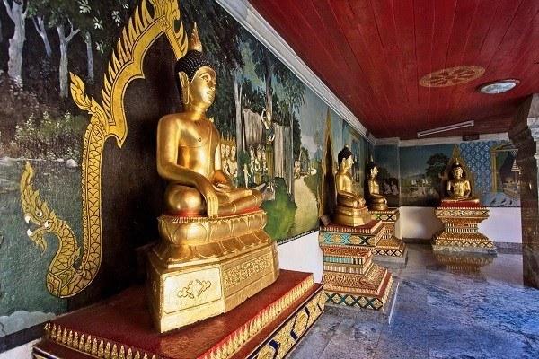 Wat Phra Thart Doi Suthep golden Buddha statues-Chiang Mai