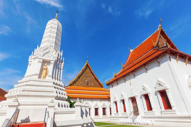 Best temples in Bangkok -Wat Mahathat Bangkok
