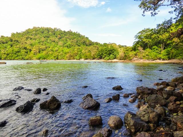 A view of Mango bay on Koh Bulon