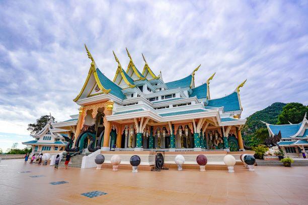 Beautiful Vihara of Wat Pa Phu Kon
