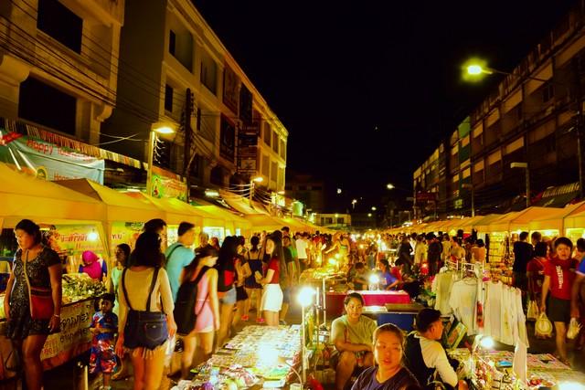 Chill out at Krabi Walking Street