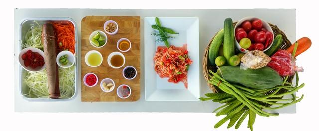 How to Make Som Tam Thai food