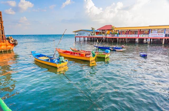 how to get to Larn Island pattaya