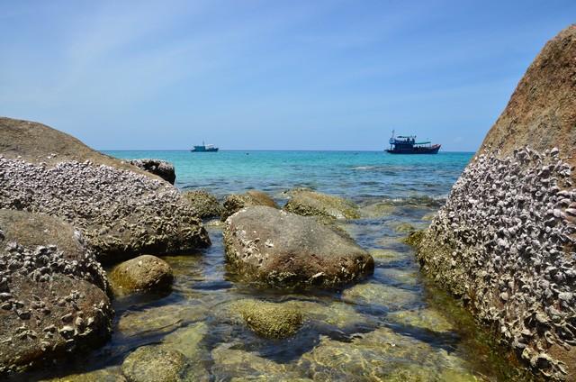 Luek Bay at Koh Tao, Thailand