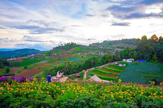 Mon Jam-Mon Cham Chiang Mai, Thailand