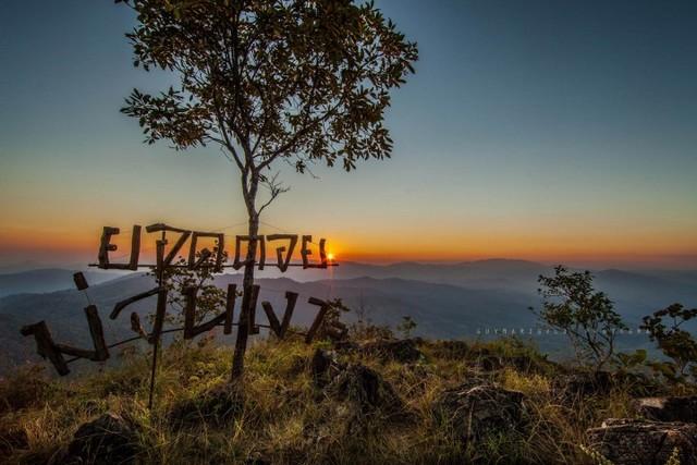 Mon Ngo Viewpoint
