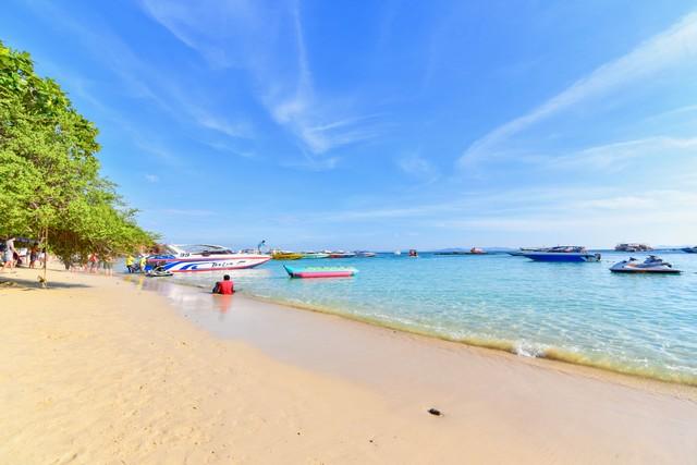 Nuan Beach