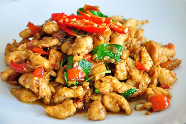 Pad Krapow Gai (Spicy Thai Basil Chicken)