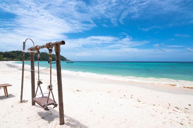 Pattaya Beach in Koh Lipe, Thailand