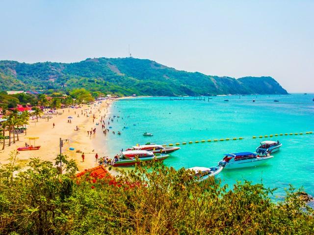 Samae Beach at Koh Larn of Pattaya