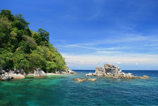 Snorkeling Point at Tarutao Andaman Sea Thailand