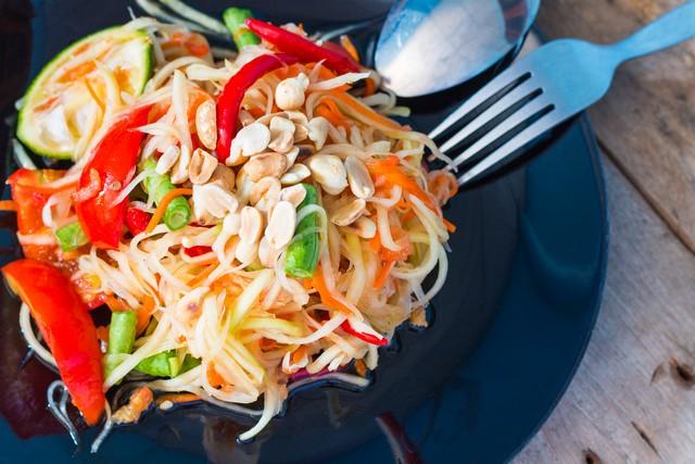 Som Tam (Thai Papaya Salad)-Thai Food