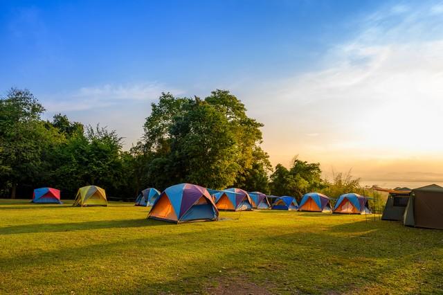 Sunrise at Srinakarin Dam viewpoint at the Campground