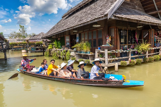 Taking Tour and Immerse in the Charming Local Way of Life