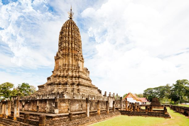 The Main Prang of Wat Phra Si Rattana Mahathat