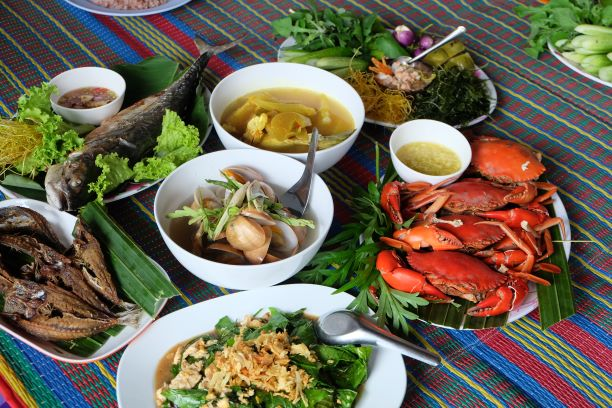 Things to do in Krabi-taste the local food