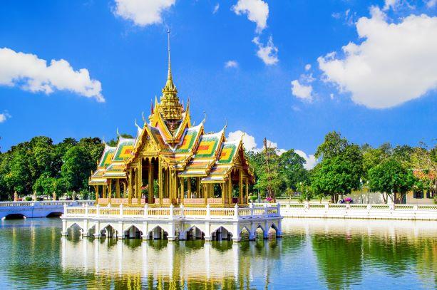 Top 10 Things to do in Ayutthaya-Bang Pa-In Palace
