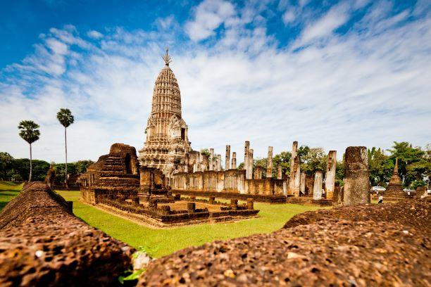 Ubosot (the Ordination Hall) of Wat Phra Si Rattana Mahathat