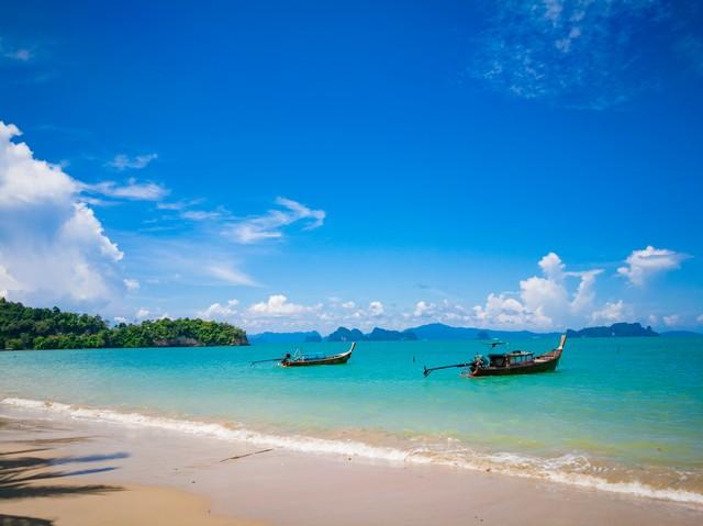 View of Pa Sai beach at Koh yao noi