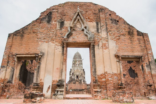 Wat Ratchaburana temple in day time at Ayutthaya