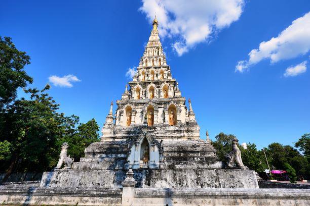 ancient pagoda in Wat Kum Kam