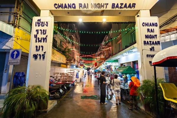 Night Bazaar shopping in Chiang Rai