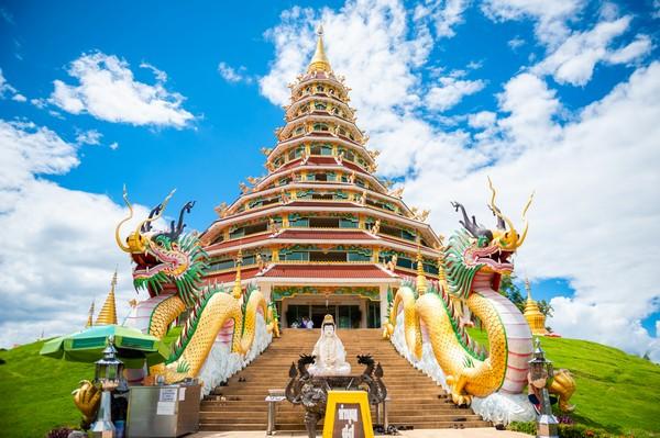 Wat Huay Pla Kang Temple in Chiang Rai