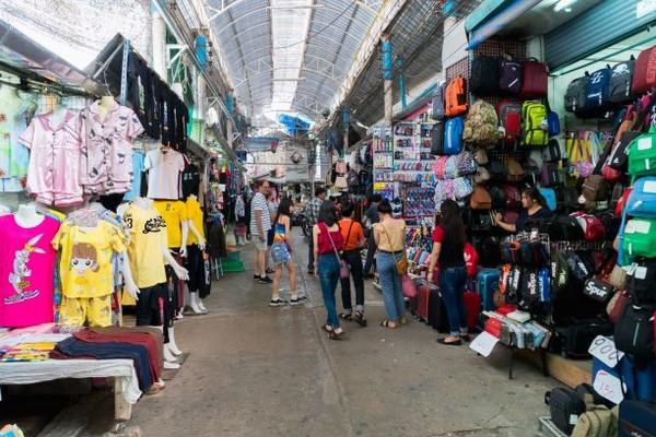 Mae Sai Market Shopping Zone