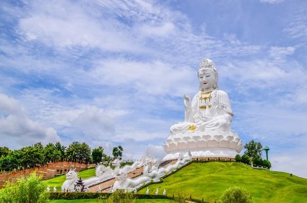 The Gigantic Quan Yin in Wat Huay Pla Kang