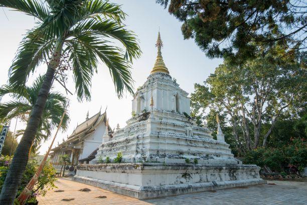 Wat Chang Kham (Wat Karn Thon)