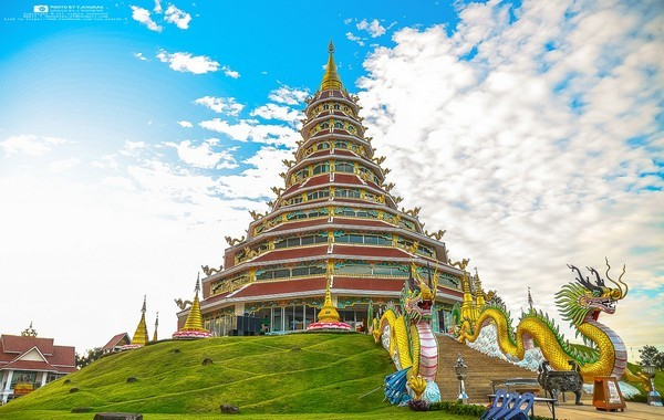Pobchoke Dhamma Chedi in Wat Huay Pla Kang