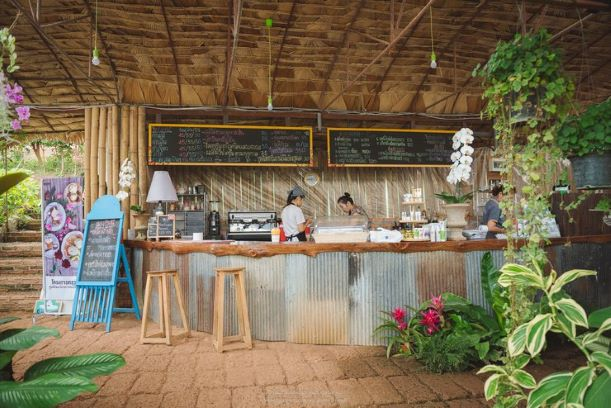 pleasant coffee shop in Thung Roeng Royal Project