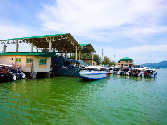 How to get to Koh Bulon Island