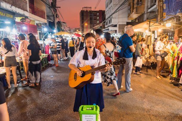 Taking Tour at Wau Lai Walking Street