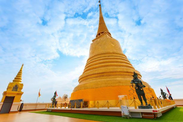 The Golden Mountain Temple (Phu KHao Thong) in Bangkok