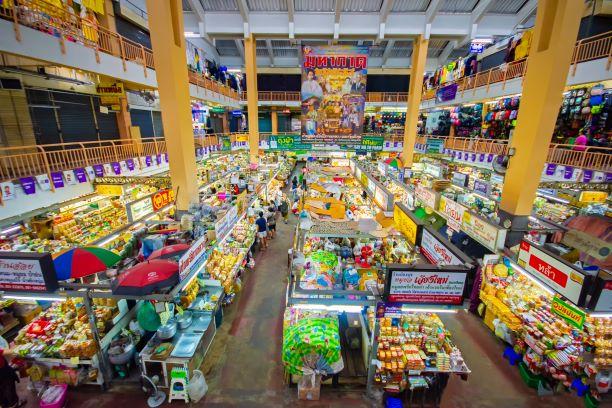 Warorot Market Kad Luang in Chiang Mai
