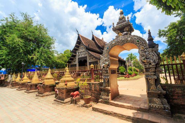 The door facade of Wat Lok Molee