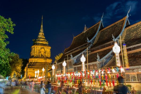 The teak wood vihara: Vihara Luang